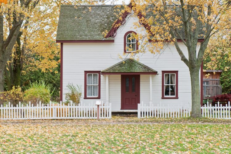 How to Choose the Right Fence Contractor for the Job